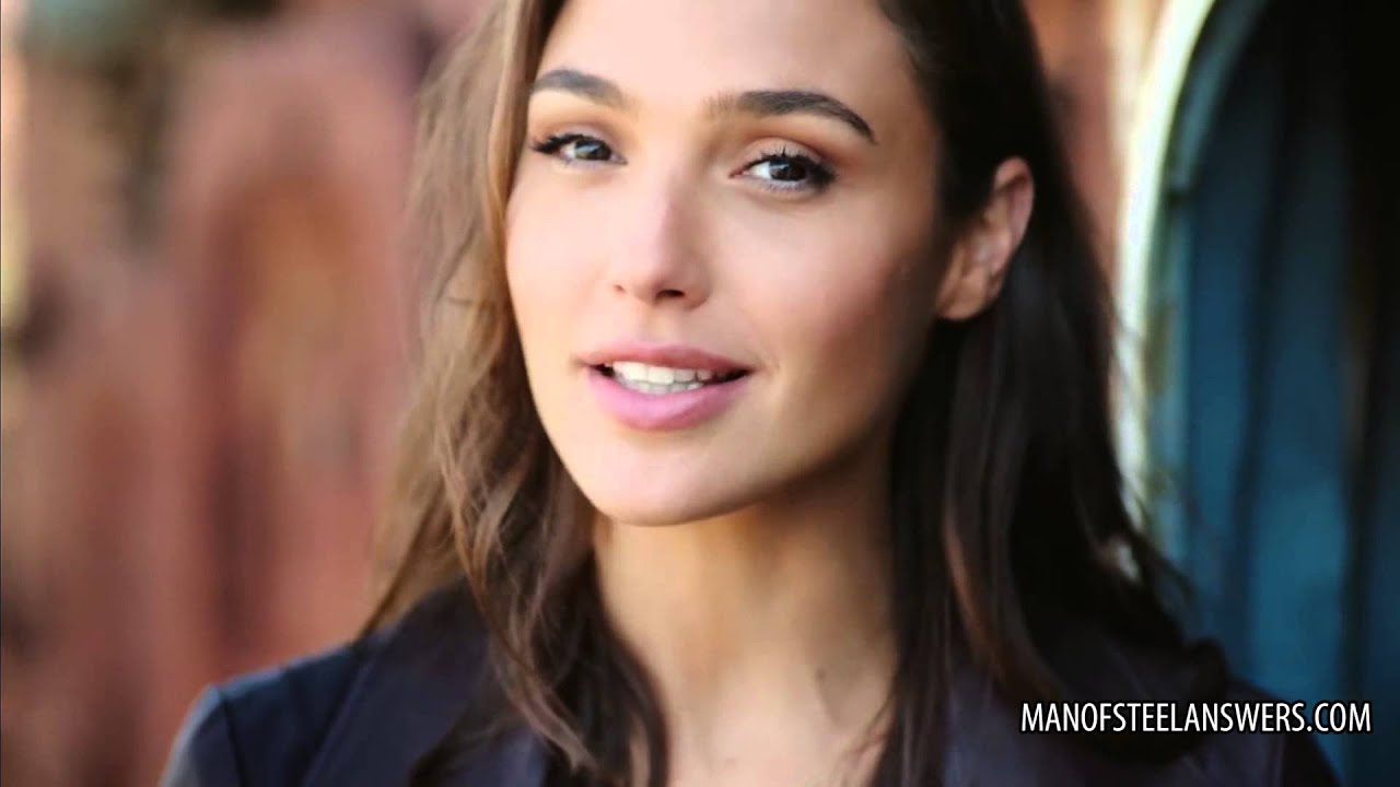 Portrait 4k Wallpaper Girl How To Pronounce Gal Gadot Youtube