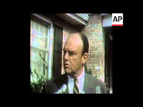 SYND 2 5 73 FORMER NIXON'S AIDE JOHN EHRLICHMAN INTERVIEWED IN WASHINGTON ON HIS RESIGNATION