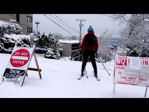 Skiing Down Queen Anne Hill - Seattle Snow 2019