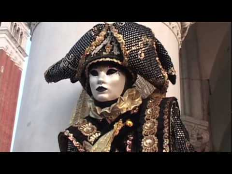 Venice Carnival 2010 - from Sunrise to Sunset