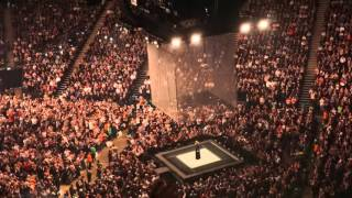 "Adele O2 Arena, London, 18 March, 2016 ""Someone Like You"" & ""Set Fire to the rain"""