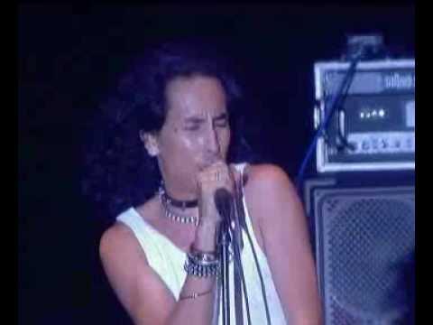 Search - Pelesit Kota (Konsert Live Evolusi 2004 di Stadium Negara)