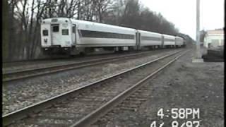 NJT-Ridgewood Jct-4/8/97-NJT 4112 makes an appearance