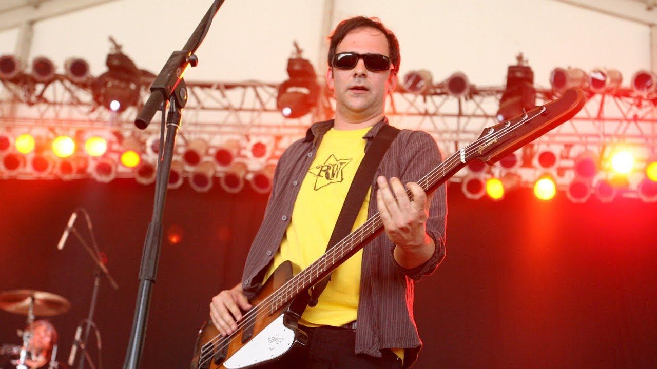 Emmy-winning songwriter Adam Schlesinger of Fountains of Wayne ...
