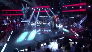 Ricky Martin Performs