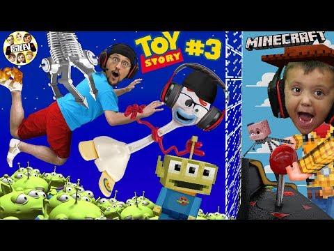 Minecraft Toy Story 4: PIZZA PLANET ARCADE! Alien Claw Machine W/ Nether Forky (FGTEEV Skit)