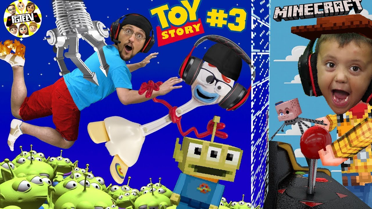 Minecraft Toy Story 4: PIZZA PLANET ARCADE! Alien Claw Machine w Nether Forky (FGTEEV Skit)