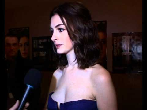 Anna Hathaway red carpet interview Film Festival thumbnail