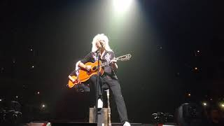 Brian May Love of my Life in Chicago July 13th 2017 front row (partial)