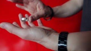 شرح خدعة الساحر كريس أنجيل بالخاتم