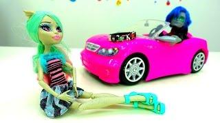 Монстер Хай - Распаковка кукол - Видео для девочек