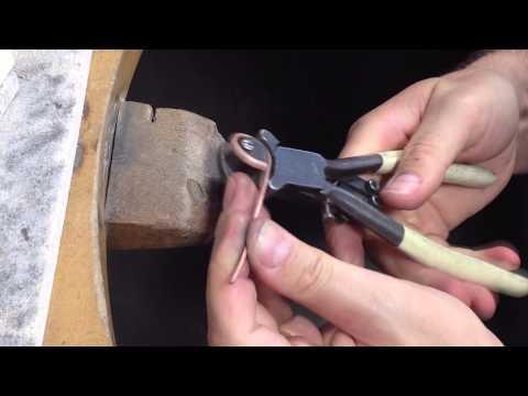 Create a piece of 'Heritage' jewellery
