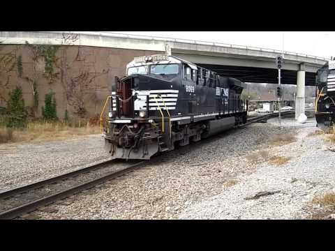 NS 8069 ES44AC comes to life