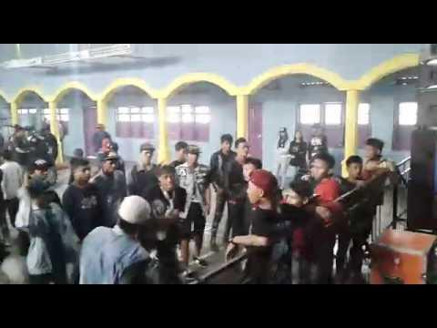 Rebel robekan nestapa romi & the jahats cover