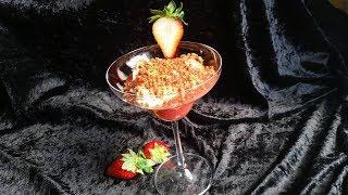 PurzelPfund präsentiert: Käsekuchen-Erdbeercreme mit Mandel-Nuss-Crumble