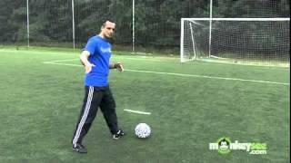 Kick a Soccer Ball with Power تسديد الكرة في كرة القدم بقوه