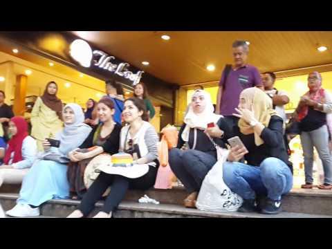Lagu Arab Untuk Awek Arab Dari Sentuhan Buskers
