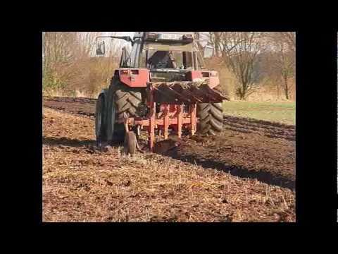 Pflügen/Ploughing - Case Maxxum 5140 / 4-Scharpflug