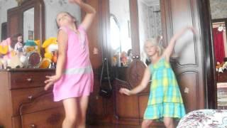 танцую вика и даша