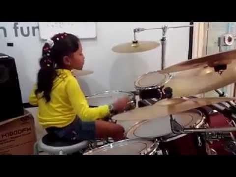 Bondan - Kita Selamanya (Putri Drum Cover)