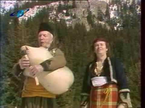 Valia Balkanska - Izlel e Delio Haidutin (Cosmic voyager song) Magic of Bulgarian Voces