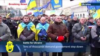 Battle for Ukraine: Protests continue in central Kiev amid calls for President Yanukovych to resign