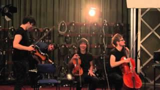 Smackdown - Bruce lok (BBC Live lounge,MAIDA VALE STUDIOS 2012)