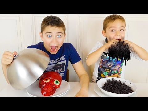 real-vs-gummy-food-challenge-extrÊme---vraies-choses,-nourriture-ou-bonbons-?