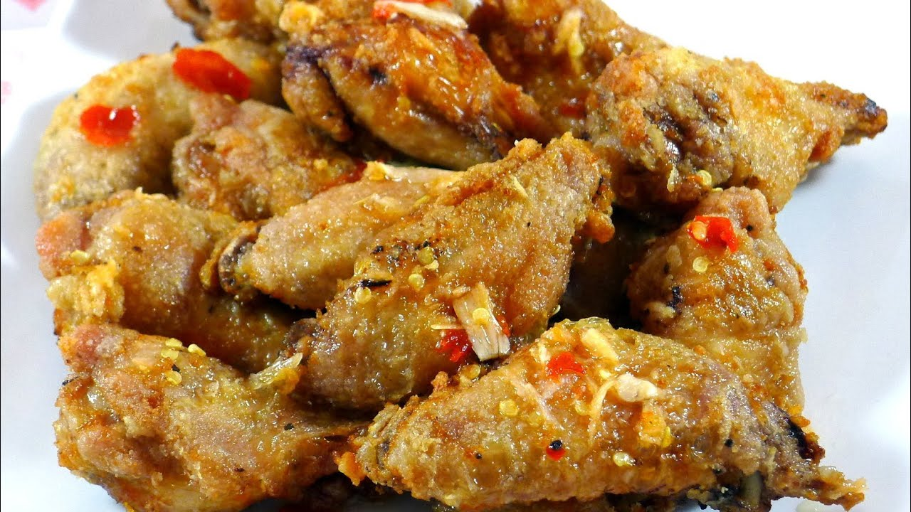 Fish sauce chicken wings canh ga chien nuoc mam youtube for Fish and wings