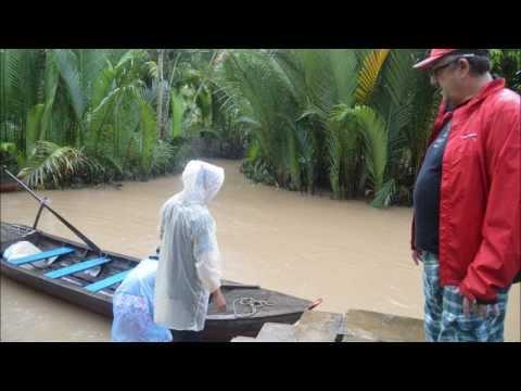 Vietnam -  My Tho - promenade dans un delta du Mekong - repas dans un verger