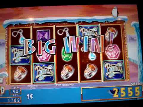 Lucky Penny Penguin Slot Machine