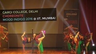 the portal   spooky spectacular western dance by gargi college girls at mood indigo