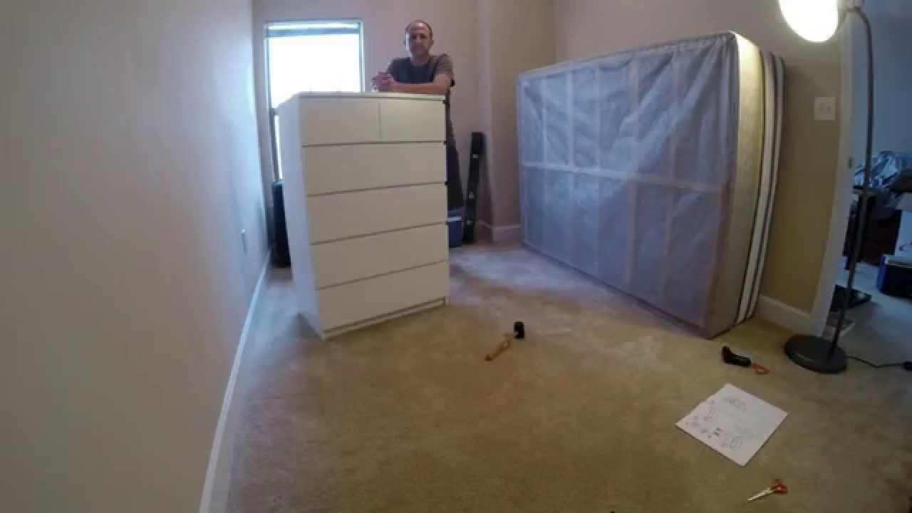 Time lapse of assembly of ikea malm 6 drawer chest youtube for What time does ikea close