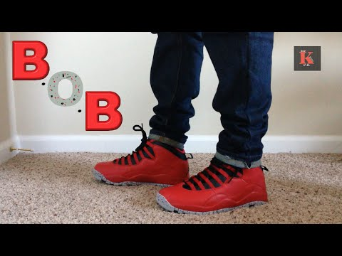 e90ef59fc05430 Air Jordan 10 Bulls Over Broadway Review   On foot - YouTube