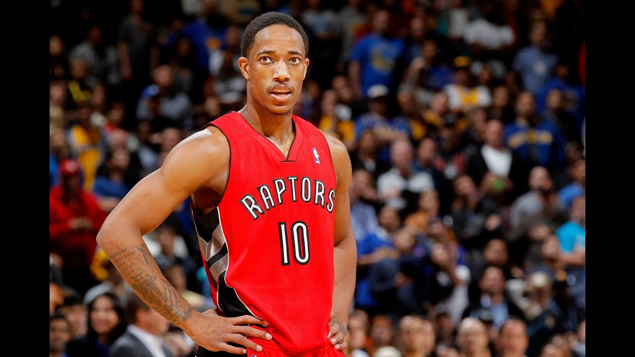 DeMar DeRozan Shows Off His Crazy Ball Handling Skills - YouTube