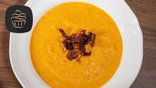 Karottensuppe mit Ingwer & Kokosmilch