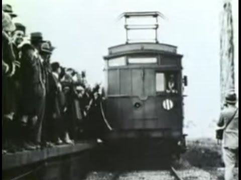 Melbourne Railway History - Moving People