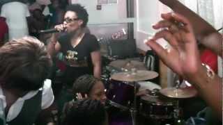 X Maleya Tchokolo - Par Vivi Koum au Foufou Club