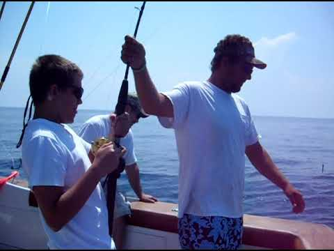 Catching a 60lb Amberjack In The Atlantic ocean