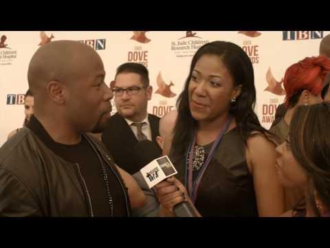 Anthony Evans - #DoveAwards Red Carpet Interviews