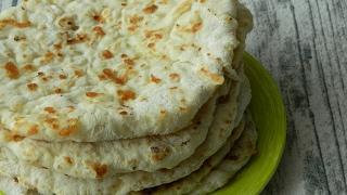 Как приготовить сырные лепешки на кефире за 15 минут видео рецепт