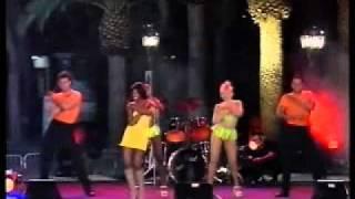 """Cecilia Gayle - """"El Pam Pam"""" Live"""