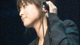 ZARD坂井泉水さんの素顔 TV出演後に腰抜けるほどのあがり症だった