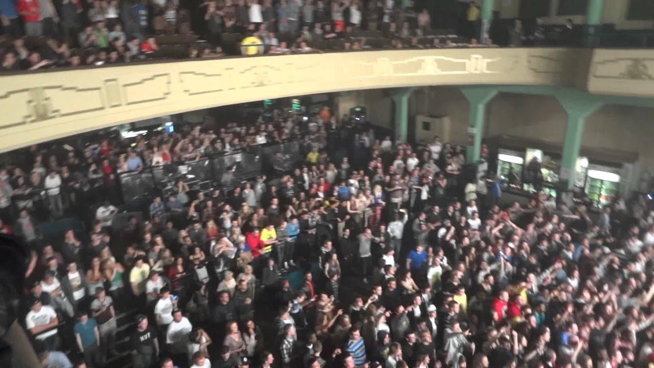 Hd wiz khalifa concert 02 glasgow 2 11 11 youtube for 02 academy balcony