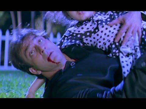 Sanjay Dutt Is Helpless - Khoobsurat