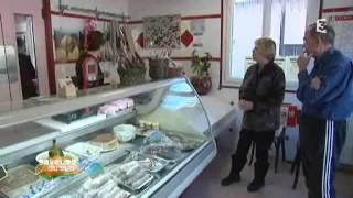 La boucherie Marcellin de Prelles: fabrication de la saucisse aux choux