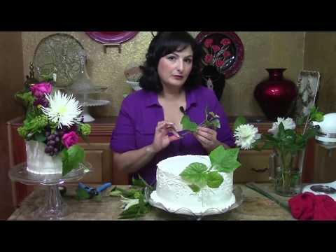Decorate Cake With Fresh Flowers : Wedding Cake with Fresh Flowers- Cake Decorating - YouTube