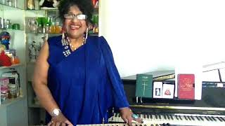 Avalukkenna Azhagiya  Mugam - Sharmini Satgunam - Director  Super Stars Music Band - Melbourne