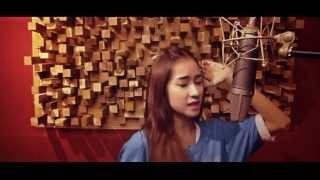 Tình Yêu Màu Nắng - Thái Tuyết Trâm ( Acoustic cover )