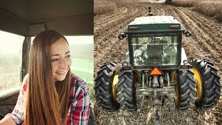 Teaching Her To Drive A Tractor! (John Deere 4640)